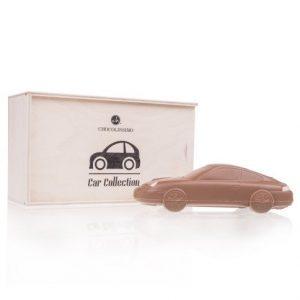 čokoládová figurka auto