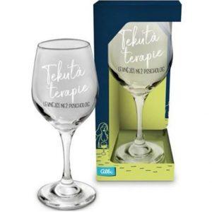vtipná sklenice na víno