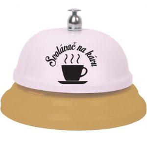 svolávač na kávu