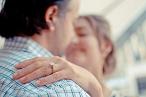 Jaký šperk k koupit k 25. výročí svatby? - Stříbrná svatba