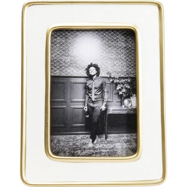 luxusní bílý rámeček na fotky