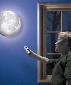 Lampa Měsíc praktický tip na dárek pro děti