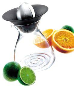 Odšťavňovač citrusů s karafou