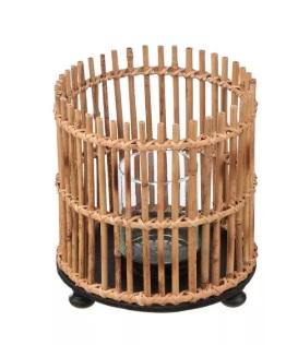 bambusový doplněk do domácnosti lucerna