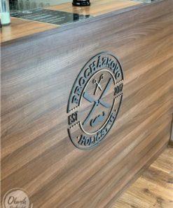Originální dárek pro šéfa - vyladěné logo firmy