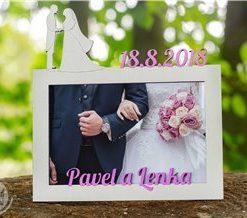 Rámeček ke svatbě s vlastním motivem