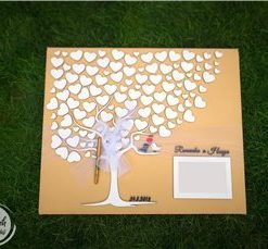Svatební plátno s motivem stromu a rámečkem