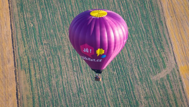 let balonem - svatební dar
