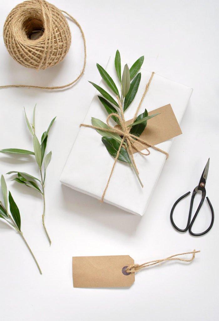 Článek balení dárků - balíček