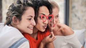 Tipy na nejoblíbenější personalizované dárky pro ženu