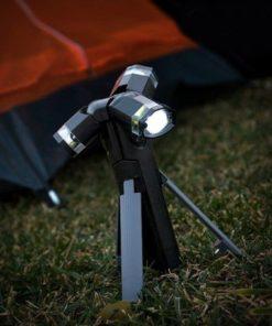 LED svítilna s trojnožkou InnovaGoods
