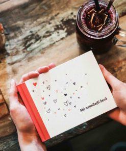 Romantický dárek pro manželku a partnerku: kniha Mé milované ženě