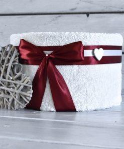 Dort z ručníků