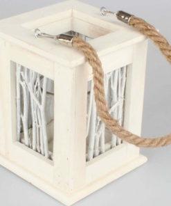 Dřevěná závěsná lucernička