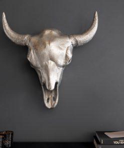 Extravagantní nástěnná dekorace ve tvaru lebky