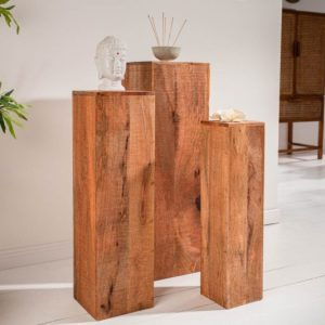 Dekorativní dřevěný sloup - podstavec