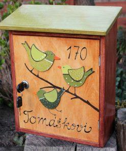 Malovaná poštovní schránka CVRLIKAJÍCÍ - 3 ptáčci