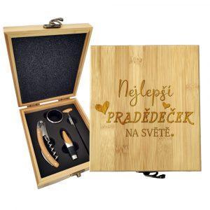 Dárková sada na víno SABLIO - Nejlepší pradědeček na světě 147×168×49 mm