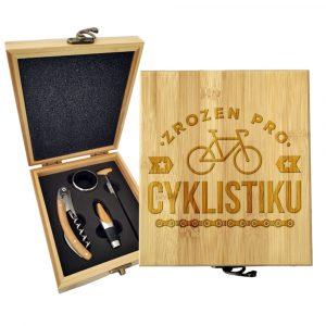 Dárková sada na víno SABLIO - Zrozen pro cyklistiku 147×168×49 mm